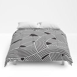 Modern Scandinavian B&W Black and White Curve Graphic Memphis Milan Inspired Comforters