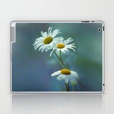 Daisy Blues Laptop & iPad Skin