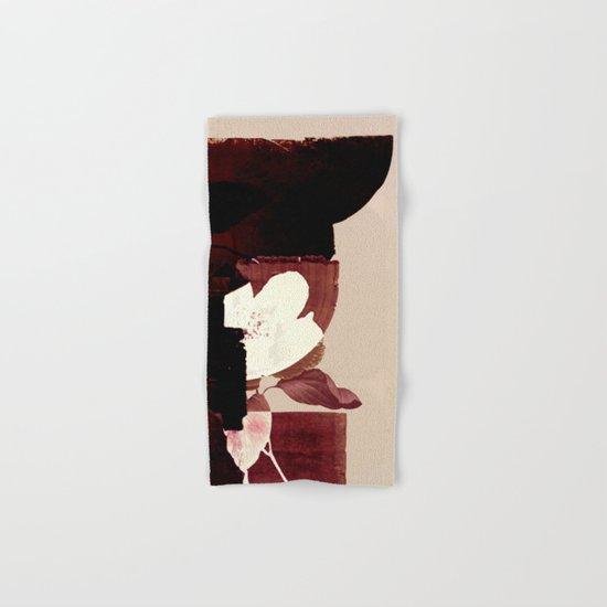 fleur contemporaine Hand & Bath Towel