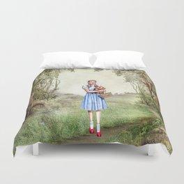Dorothy & Tóto Duvet Cover