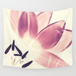 Cuddling Tulips - Botanical Print Wall Tapestry