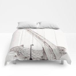 Vantage Point Comforters