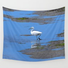 egret in brown and blue Wall Tapestry