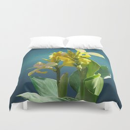 Spade's Yellow Canna Lily Duvet Cover