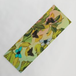 Vintage Ginkgo Leaves and Butterflies Yoga Mat
