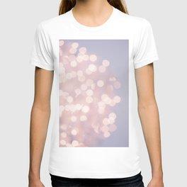Soft pink lighs T-shirt