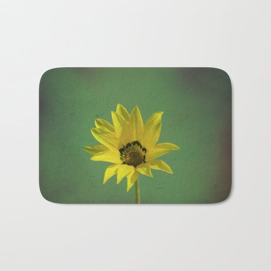 The yellow flower of my old friend Bath Mat