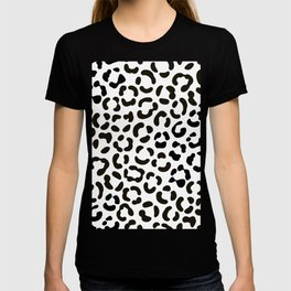 Trendy Black and White Leopard Print Pattern T-shirt