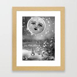 DINNER DATE Framed Art Print