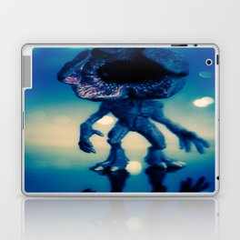 """""""Searching for its next victim"""" Laptop & iPad Skin"""