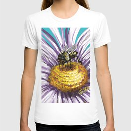 Wasp on flower 3 T-shirt