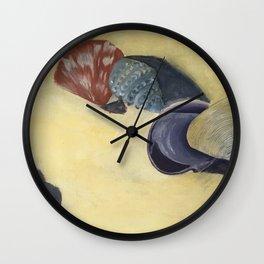 Scattering shells Wall Clock