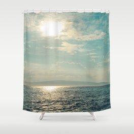 Pā'ako Beach Iridescence Shower Curtain