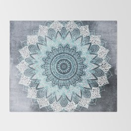BOHOCHIC MANDALA IN BLUE Throw Blanket