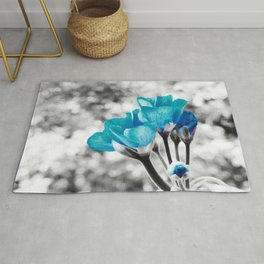 Turquoise FloWERS Pop of Color Rug