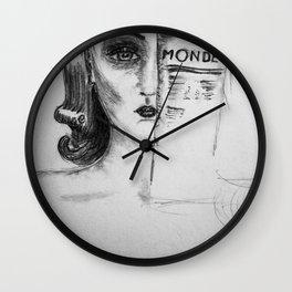 un oeil ouvert encore filtré, l'autre ouvert encore projeté Wall Clock