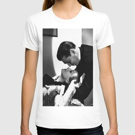 Clark Gable Romantic Retro Vintage Art T-shirt