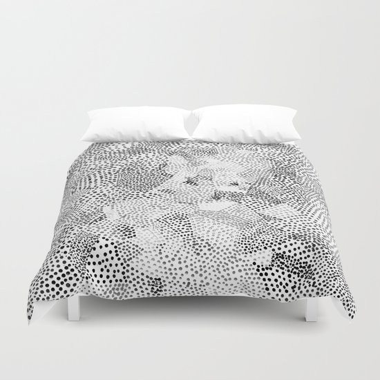 Dot Matrix BW | Abstract Geometric Duvet Cover