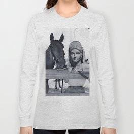 Statue Woman and Her Horse Long Sleeve T-shirt
