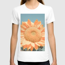 Flower Photography by dom T-shirt