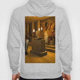 The creation of Queen Nefertiti's bust Hoody