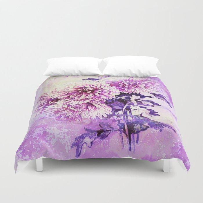 Chrysanthemum on purple Duvet Cover