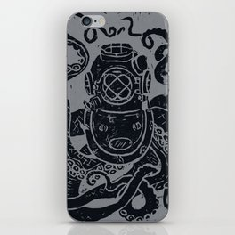 Mark V Octopus - grey iPhone Skin