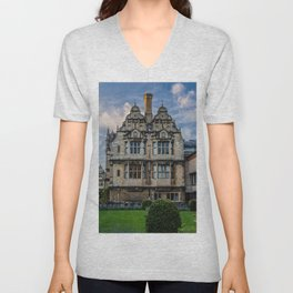 Trinity College Oxford University England Unisex V-Neck
