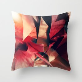 Senbazuru | shades of red Throw Pillow