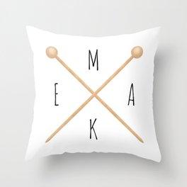 MAKE  |  Knitting Needles Throw Pillow
