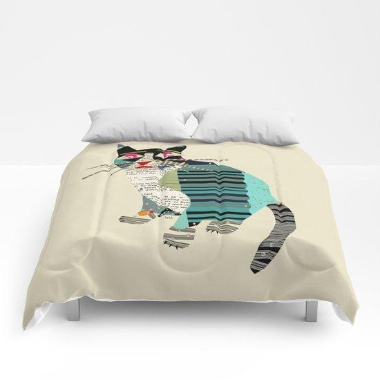 blackberry cat Comforters