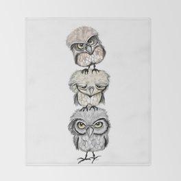 Owl Totæm Throw Blanket