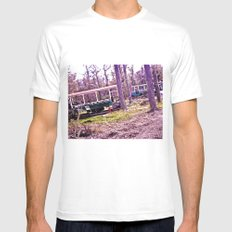Romeo and bus. MEDIUM Mens Fitted Tee White