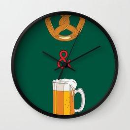 Bretzels (Pretzels) and Beer Wall Clock