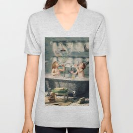 "H. Ch. Andersen tale motive  ""The Ugly Duckling"" Unisex V-Neck"