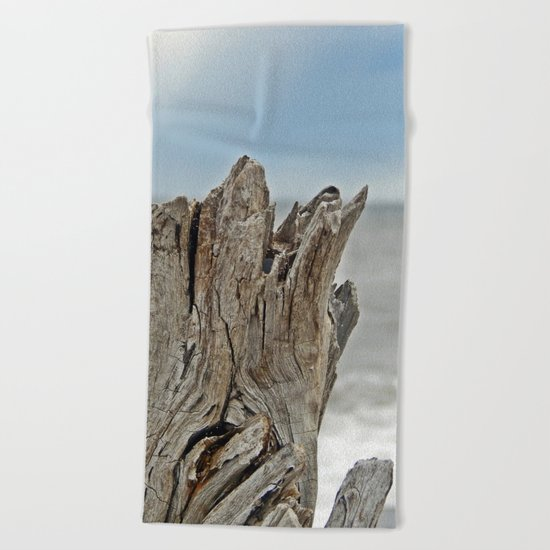 Looking past the Driftwood Beach Towel
