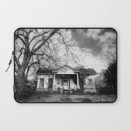 Back To The Old House - Black And White Laptop Sleeve