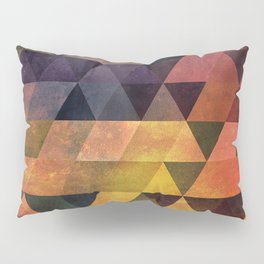 Graphic // isometric grid // chyynxxys Pillow Sham