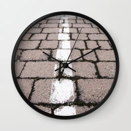 Direction arrow detail for vehicles Wall Clock