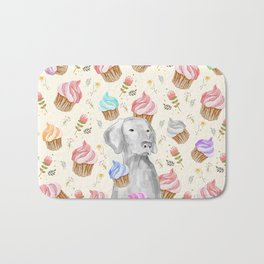CUPCAKES AND WEIMARANER Bath Mat