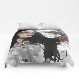 Wonder Abstract Portrait Comforters