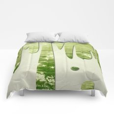 Glittery Green Ocean Dripping On Cream Textured Wall Comforters