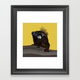 iguana gold Framed Art Print