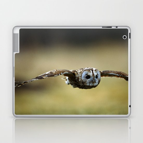 FLIGHT OF THE TAWNY OWL Laptop & iPad Skin