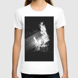 Still (b&w) T-shirt