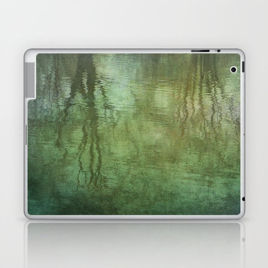 Reflecting Laptop & iPad Skin