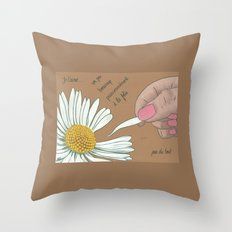 Je t'aime...un peu...beaucoup Throw Pillow