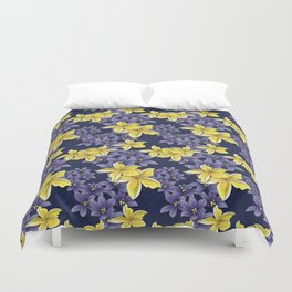 Complementary flowers Duvet Cover