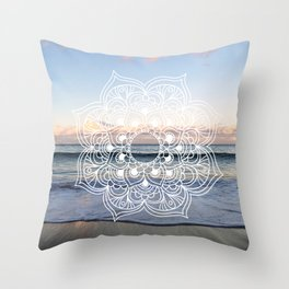 Flower shell mandala - shoreline Throw Pillow