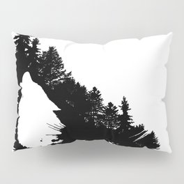 The soul of a wolf / el solo lobo Pillow Sham